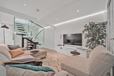 Chic Split Level Apartment
