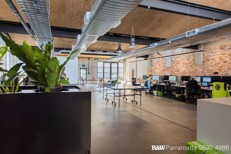STUNNING WAREHOUSE OFFICE CONVERSION - IDEAL CORPORATE HEAD OFFICE