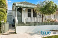 = HOLDING DEPOSIT RECEIVED = RENOVATED FAMILY HOME IN EXCLUSIVE TREE-LINED STREET