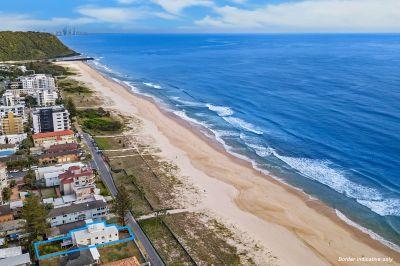 Hampton Style Beachfront Living!