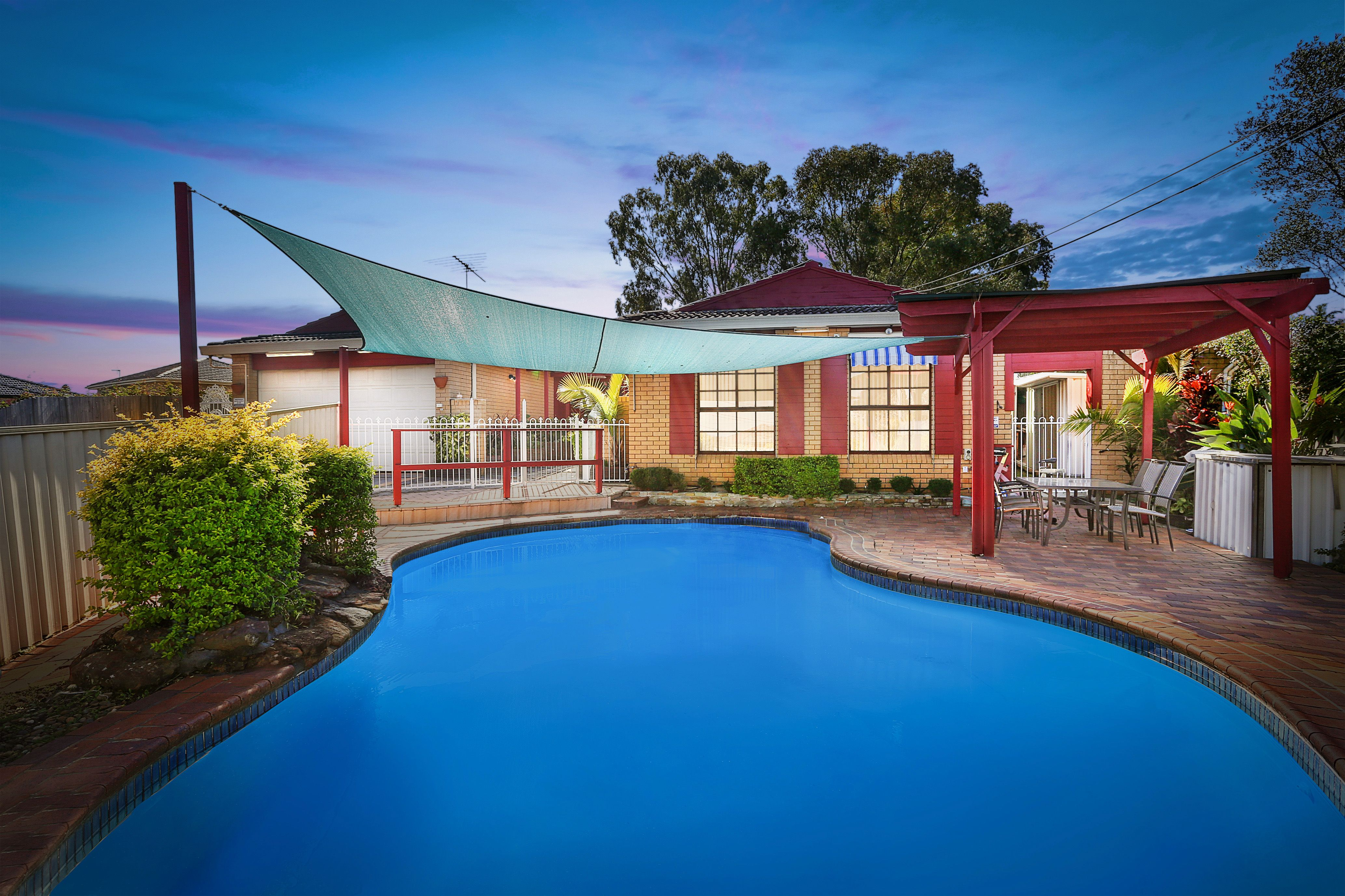 5 Bega Place, Georges Hall NSW 2198