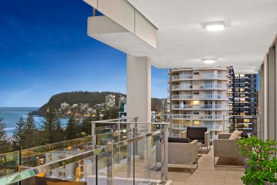 BEACHSIDE LIVING AT ITS BEST  WHOLE FLOOR THREE BEDROOM APARTMENT IN BOUTIQUE COMPLEX