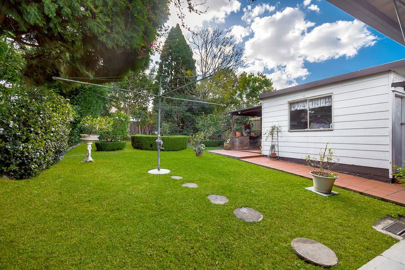 37 Coronation Parade, Strathfield South