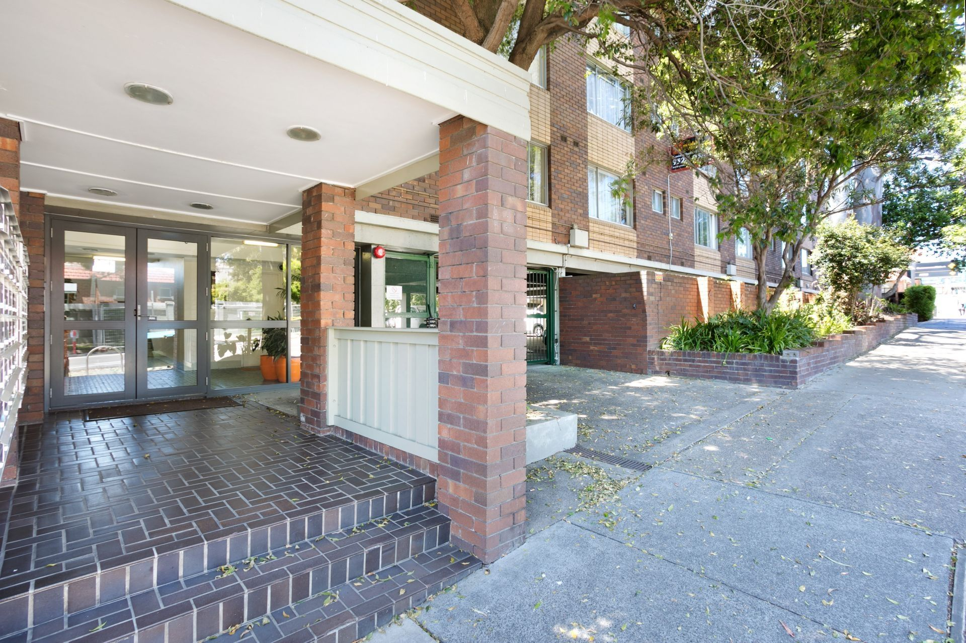 18/121 Booth Street, Annandale