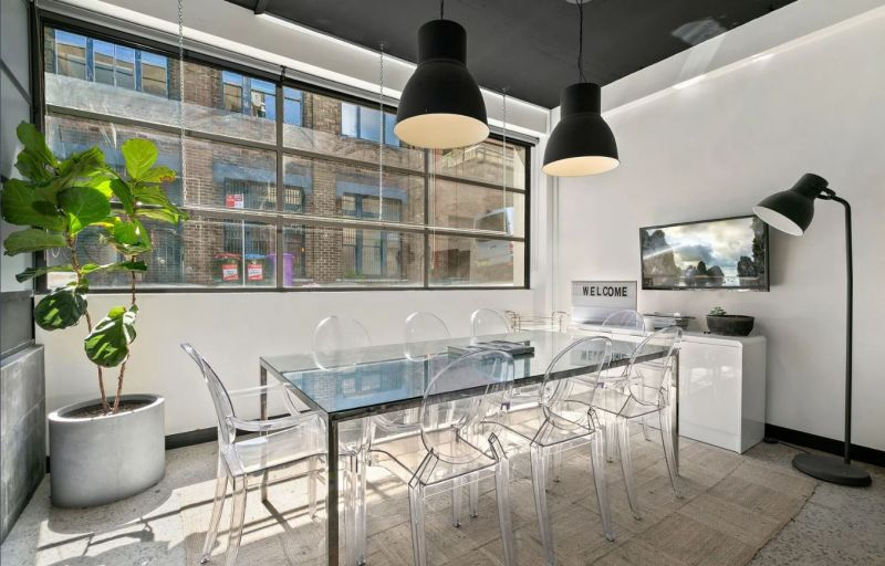 Office/ Showroom in the heart of Surry Hills