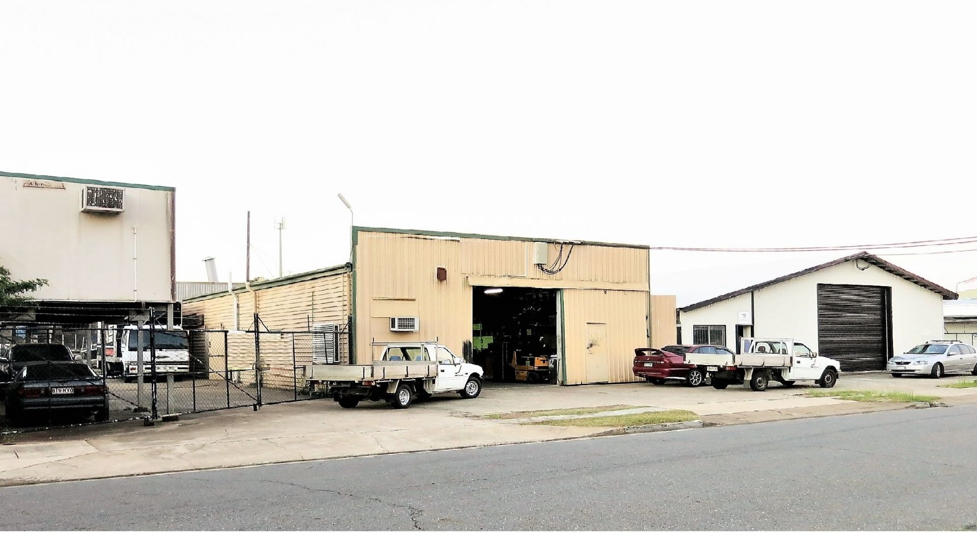 SANDGATE WAREHOUSE FACILITY ACROSS 2 LOTS
