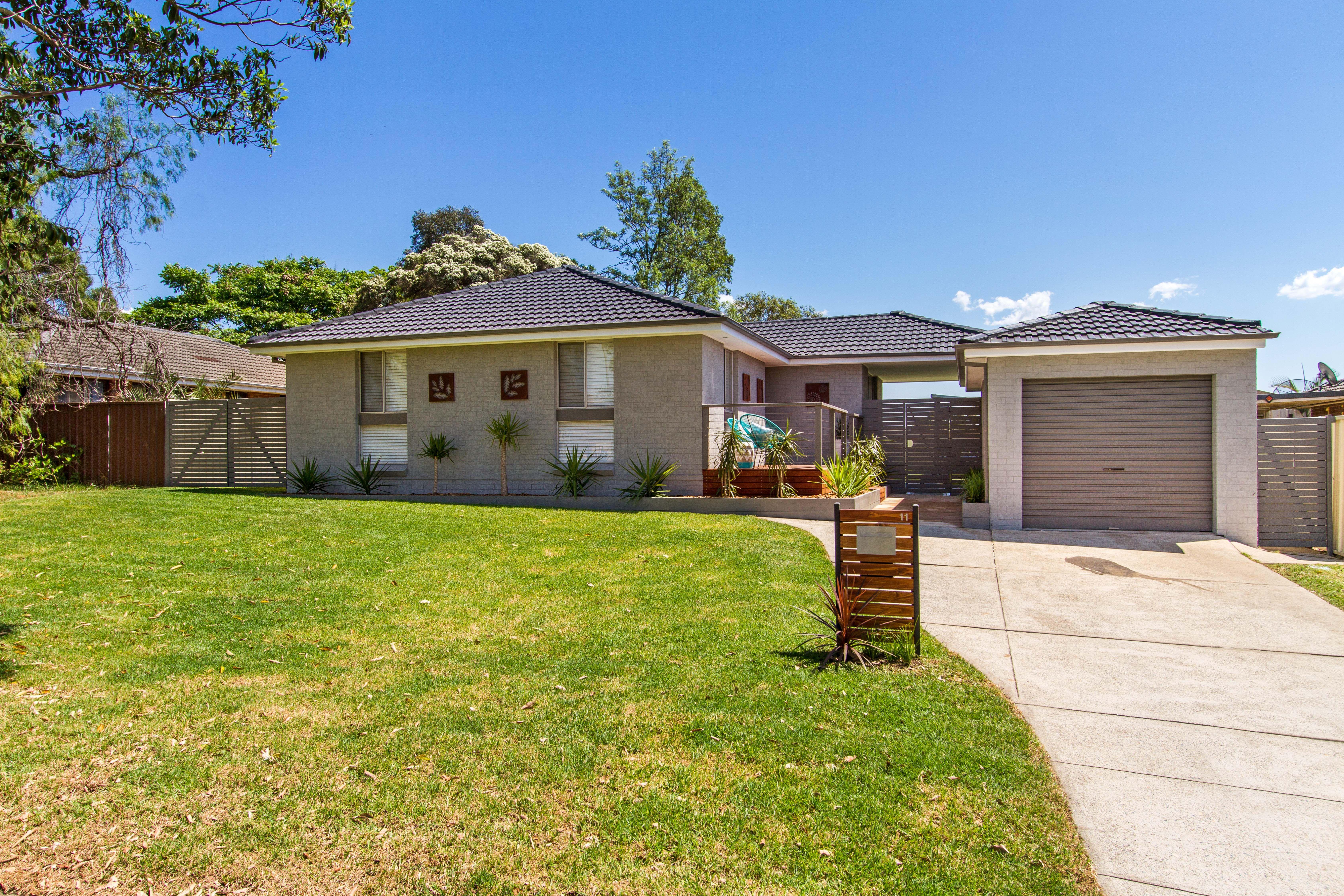 11 Brockamin Drive, Penrith South NSW 2750