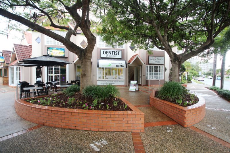 Small Boutique Retail Space in Tedder Avenue
