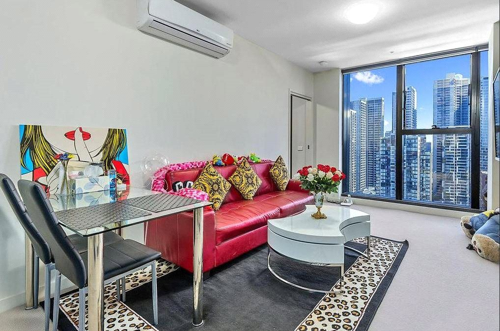 Fully Furnished Two Bedroom Apartment in the Heart of the CBD!