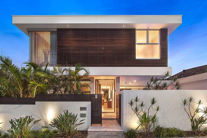 Modern living with over 430sqm of internal space