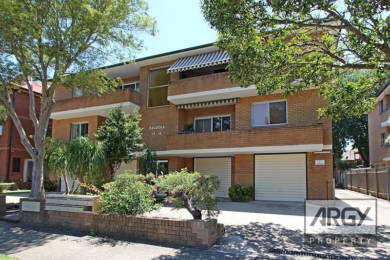 Updated Home Unit In A Peacful Highly Sought After Location