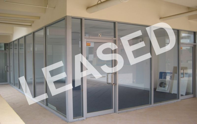 LEASED BY RYAN MCMAHON - 35M² MODERN OFFICE SPACE