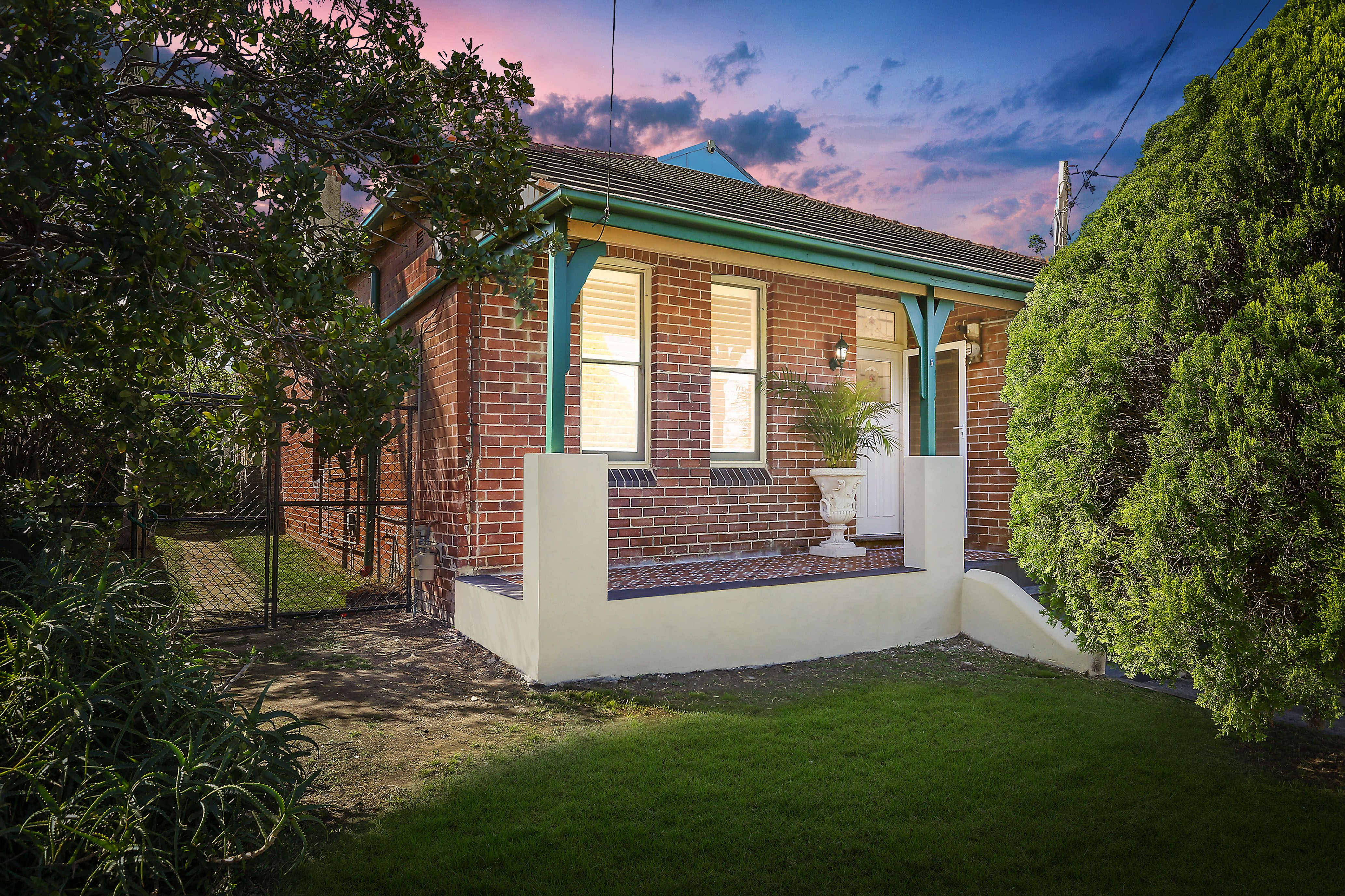6 Carlyle Street, Enfield NSW 2136