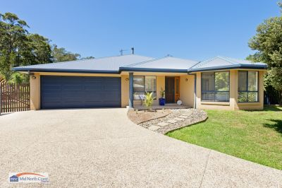 RESORT-STYLE LUXURY and PRIVACY near PORT MACQUARIE