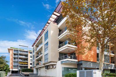 SOLD: Contemporary Apartment in Aero Building