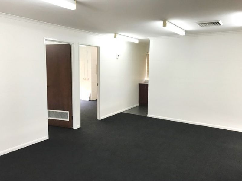 Cheap Modern Unit With No Outgoings!
