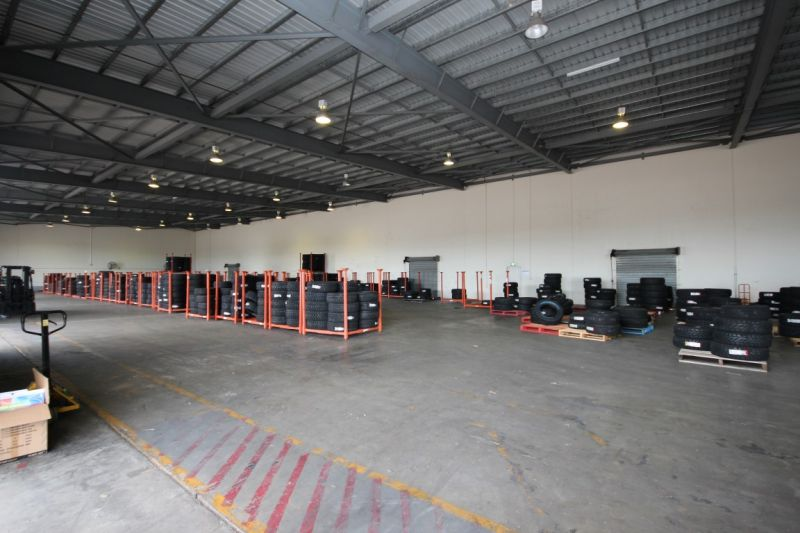 High Clearance Industrial Warehouse and Yard