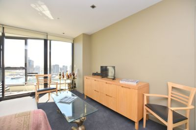 Victoria Point: Furnished One Bedroom Apartment with Stunning Water Views!