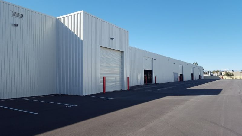 Warehouse & Hardstand