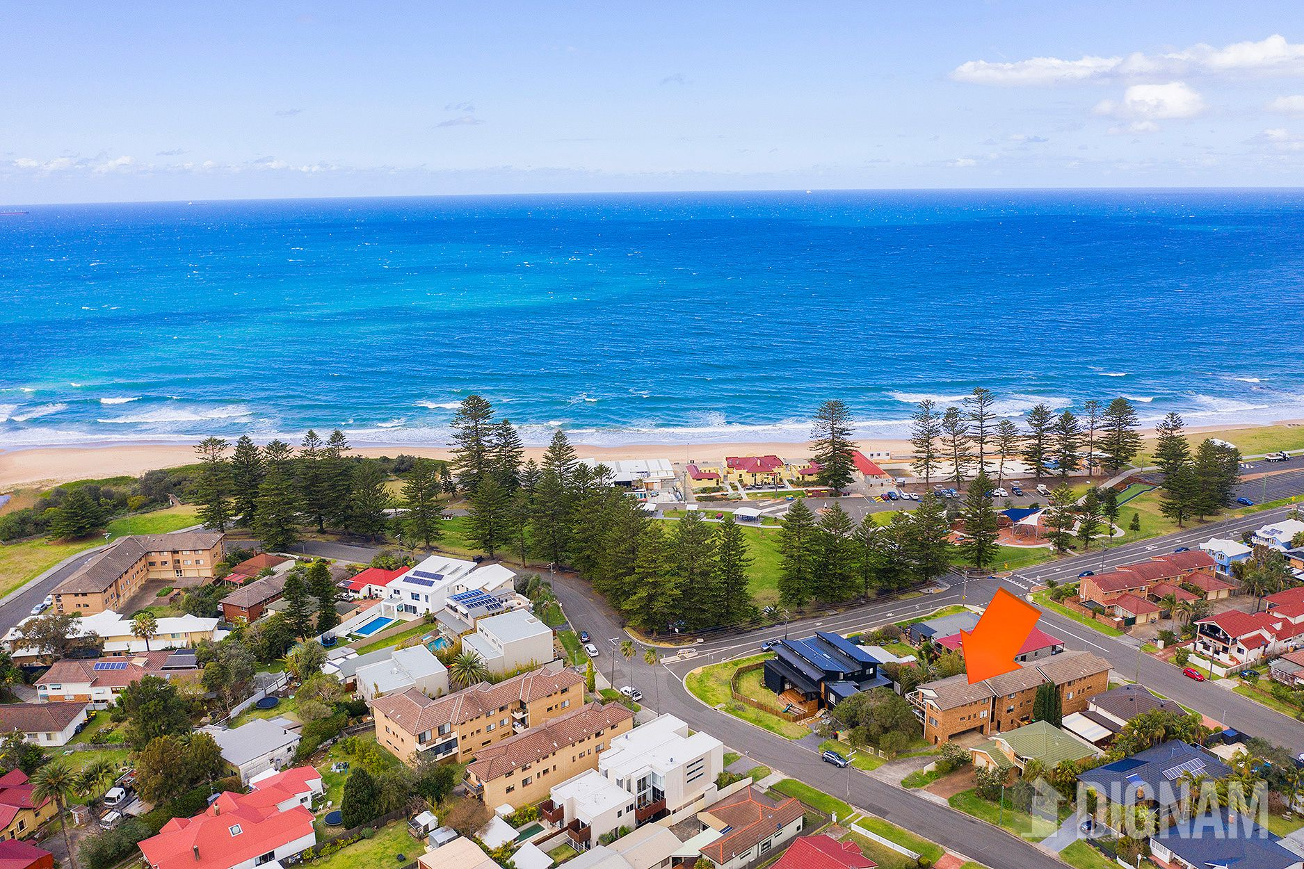 2/10 The Esplanade, Thirroul NSW 2515