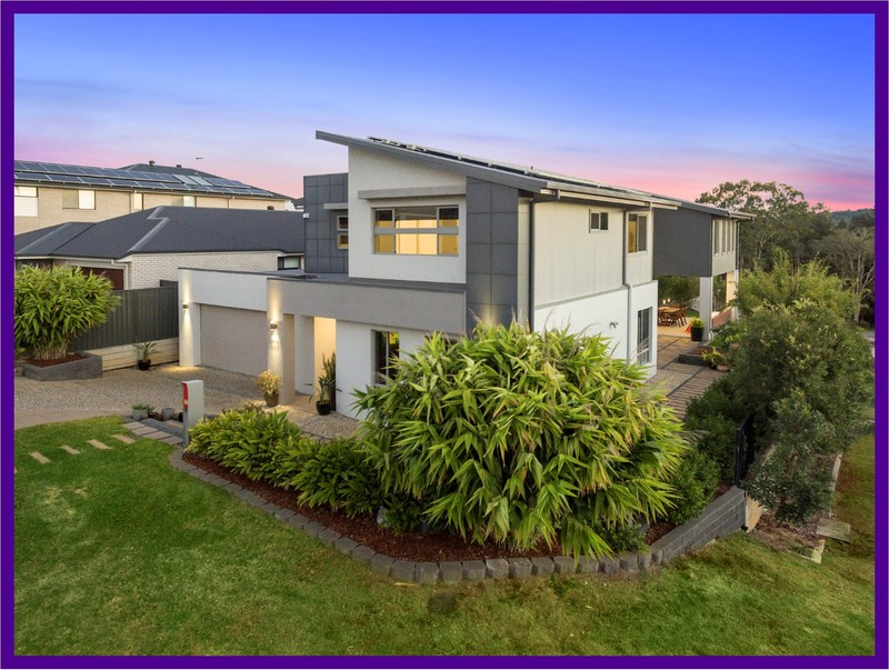 Luxury Family Home with High Position & Views, 5 Bedrooms & 2 Ensuites + Study