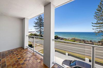 Deadline Sale 12 May - Prime position beach renovator