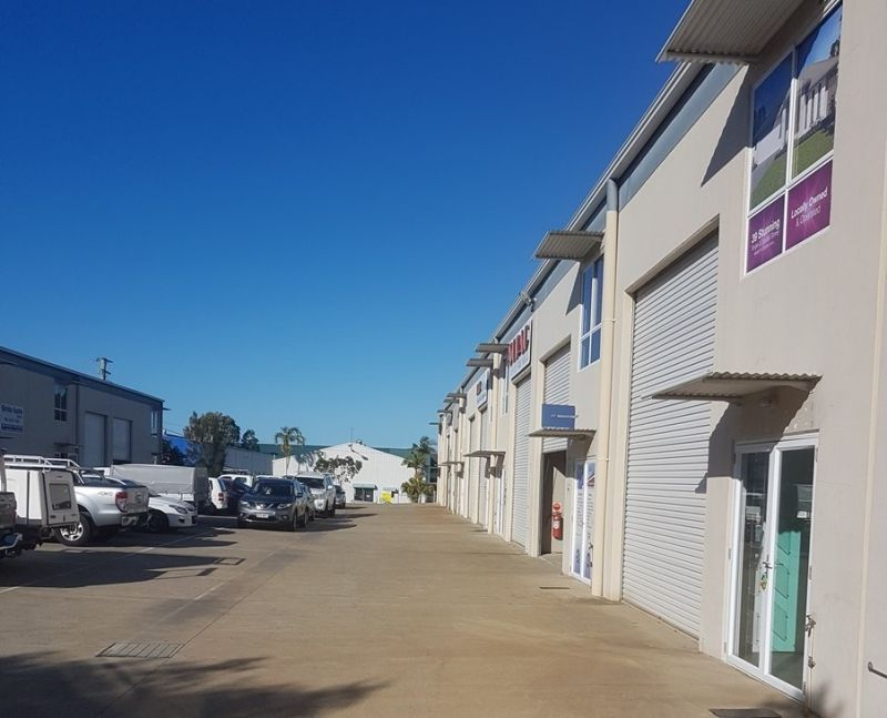 Modern Industrial Unit With Reception/Showroom and Office - Caloundra
