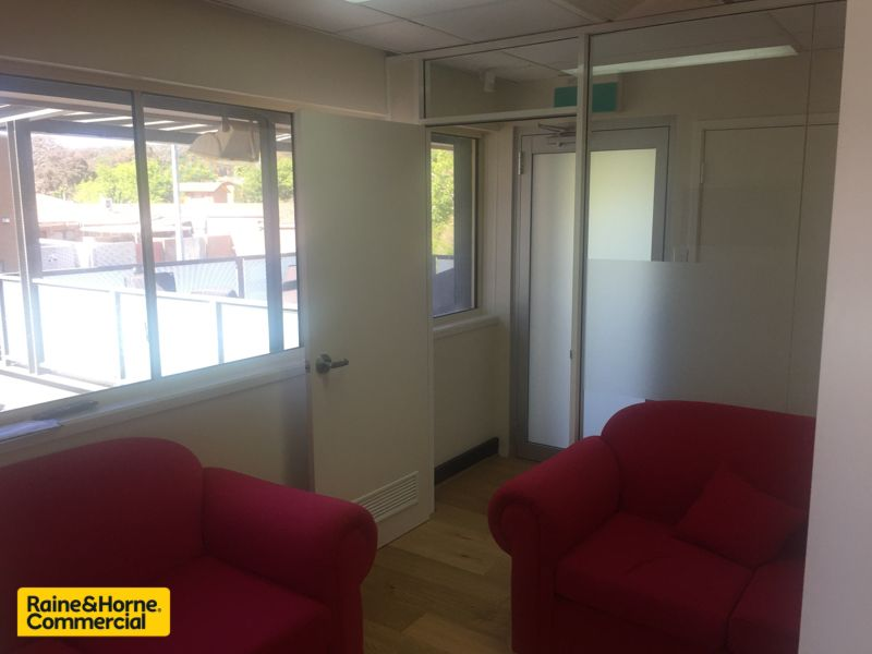 Offices with Free Parking and Professional Fit outs