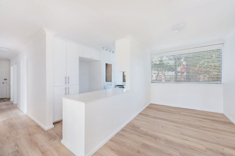 WATERFRONT - SPACIOUS RENOVATED THREE BEDROOM APARTMENT