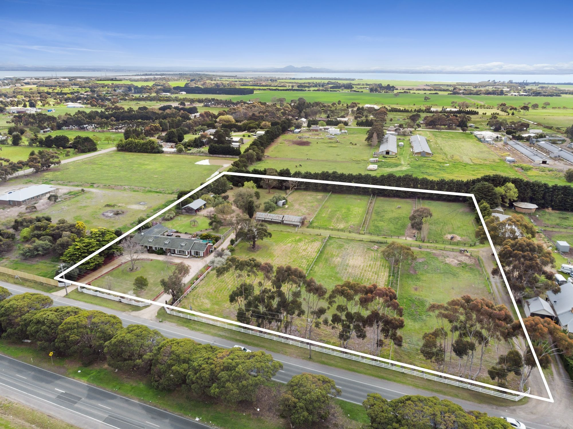 551-569 Bellarine Highway, Moolap VIC 3224