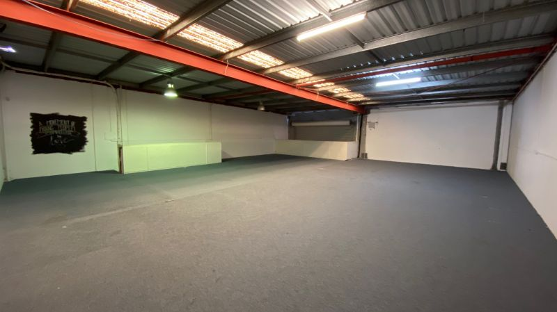 Great Exposure Industrial Shed in Warana