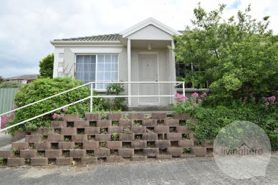 Modern 3 Bedroom Close to UTAS, Live Here!