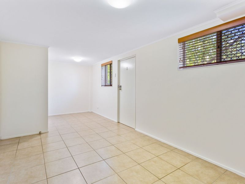 For Sale By Owner: 1 Beechwood Drive, Yamanto, QLD 4305