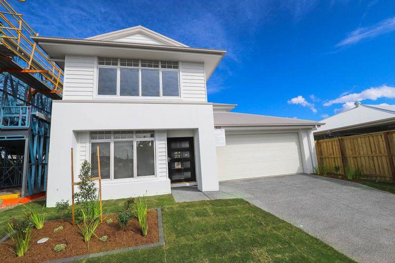 27 Lukin Terrace, Baringa, QLD
