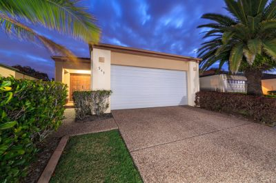 Immaculate Home Situated in Oyster Cove