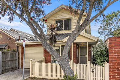 Delightful 2 Level Home Set within Highly Sought Pocket of Footscray