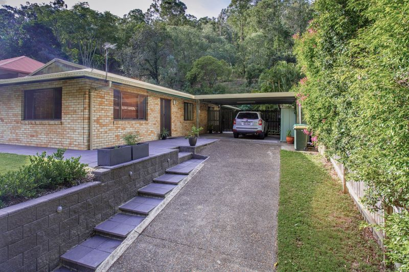 Very Spacious & 5kw Solar Included>
