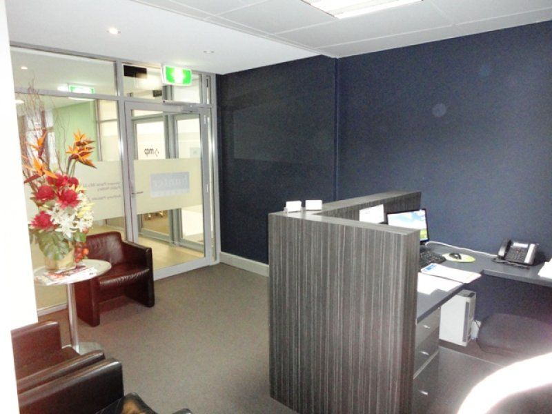 NEAR NEW PARTITIONED OFFICE - DRUMMOYNE
