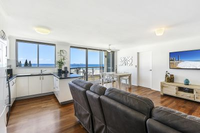 STUNNING NORTH ASPECT WITH OCEAN VIEWS!