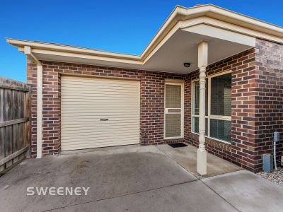 One of the Largest 2 Bedroom Unit In Braybrook.