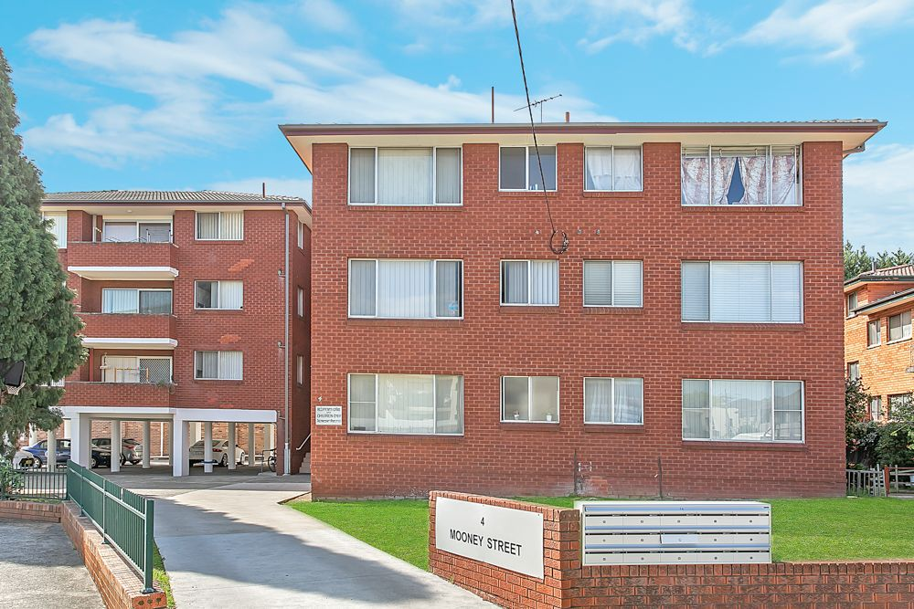 4/4 Mooney Street, Strathfield South NSW 2136