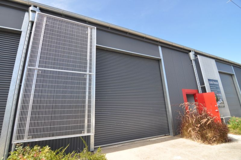 Fully refurbished fringe CBD warehouse unit