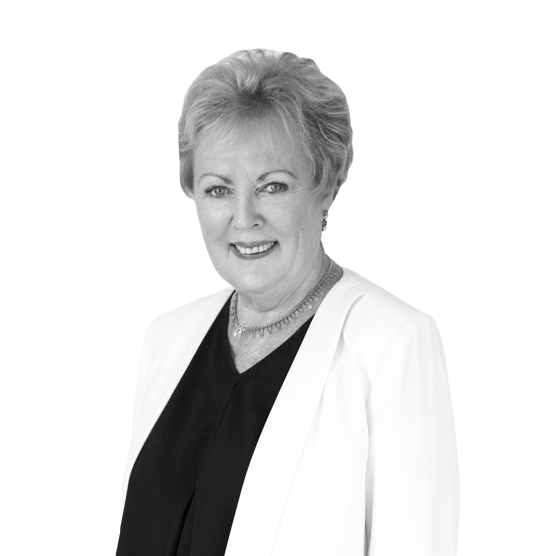 Maureen Weal Real Estate Agent