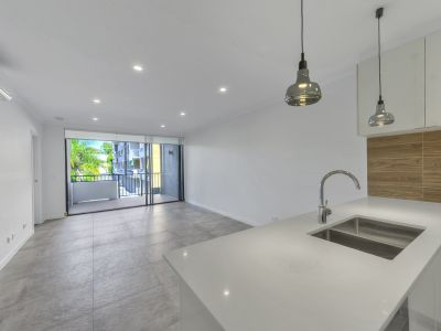 ULTRA MODERN APARTMENT IN THE HEART OF NEW FARM