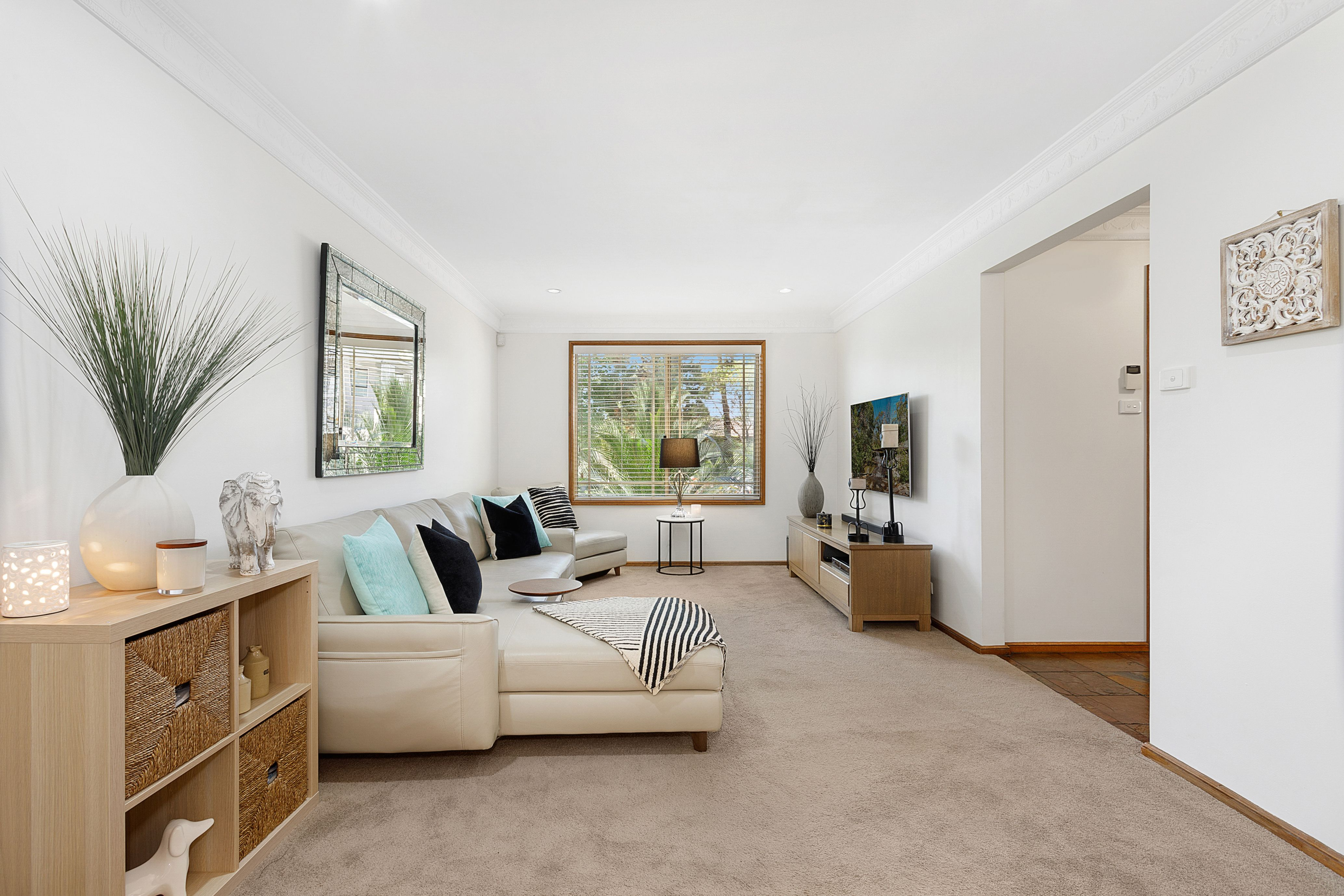 2 Georges Crescent, Georges Hall NSW 2198