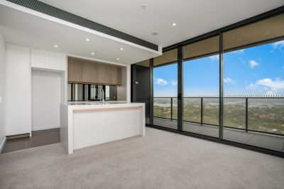St Leonards Square | Over-sized Two-Bedroom + Study Apartments