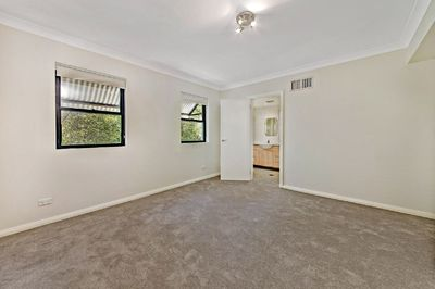 8/32  Ross Street, Forest Lodge