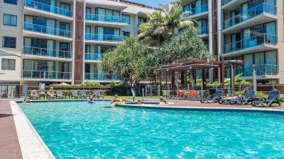 Ocean Views 'Swell Resort'
