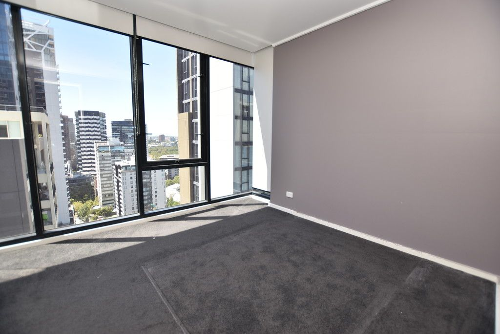Stunning 2 Bedroom Apartment on the 27th Floor!