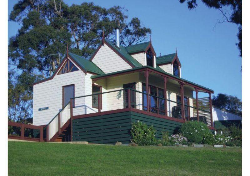 Magnificent Home Plus 4 Award-Winning Cottages - Dumbalk VIC